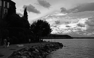 Anguillara Sabazia Walk Along Lake Bracciano